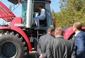 Трактор «Кировец»: новый, современный, производительный