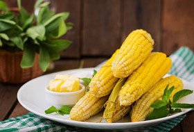 Чем полезна вареная кукуруза